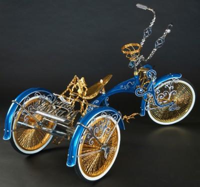 Low-Rider in Gold: Dreirad für Erwachsene die es nie sein wollten
