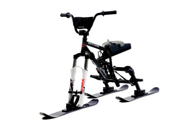 SMX Schnee-Fahrrad mit Kufen.
