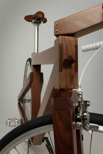 nussbaum holz fahrrad von lagomorph. Black Bedroom Furniture Sets. Home Design Ideas