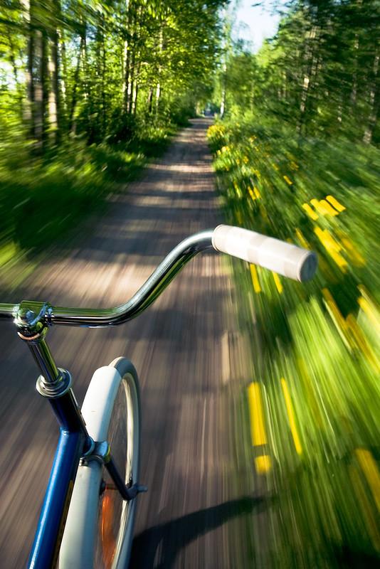 Starty - Rad fährt im Grünen