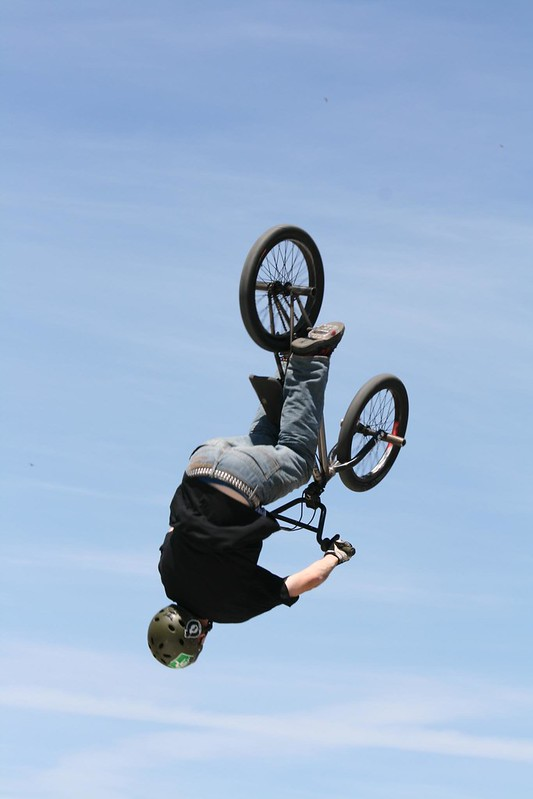 BMX Sprung kopfüber