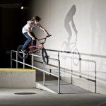 """Freestyle BMX: Michael """"Mike"""" Vockenson springt wie ein Superheld"""